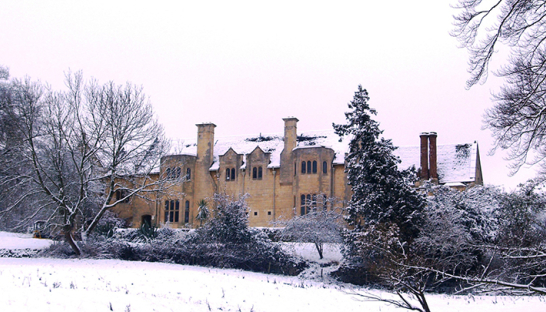 Leckhampton Court Hospice in the snow