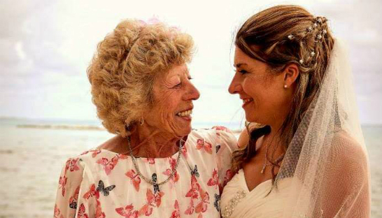 Michelle Vann on her wedding day with her late mum Janis