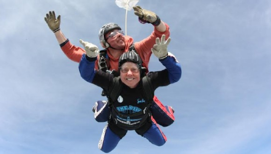 Jean skydiving in memory of her husband, Clive.