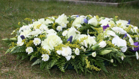 Image of a funeral flower arrangement