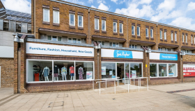 Image of a Sue Ryder charity shop