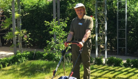Image of Sue Ryder volunteer gardener, Chris